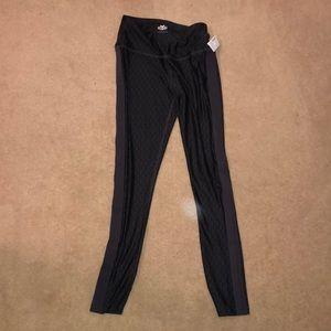NWT pattern leggings